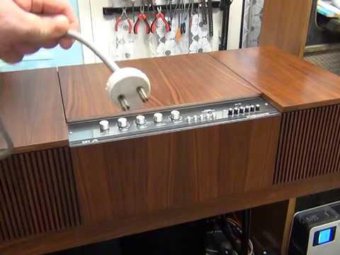 HMV 2412 Stereomaster radiogram overhaul Pt1 - BSR turntable