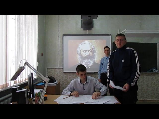 Изображение предпросмотра прочтения – СергейЛисихин читает произведение «Взяточник» В.В.Маяковского