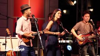 Dia Frampton and สิงโต นำโชค (Live in Bangkok at Asiatique The Riverfront)