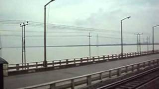 kanchenjunga express crossing farakka barrage over ganga
