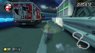 Mario Kart 8S Toads Turnpike   Dejachthoorn
