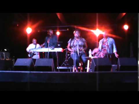 """Ex-Factor"" by Lauryn Hill performed by Kateaka Brown & Encore at Amos Southend 10-29-15"