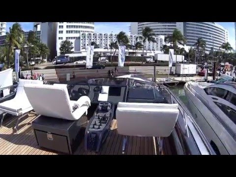 Yachts Miami Beach 2016, Exotic Car Spotting: Ferrari 488GTB, Camo Huracan and more in 1080p