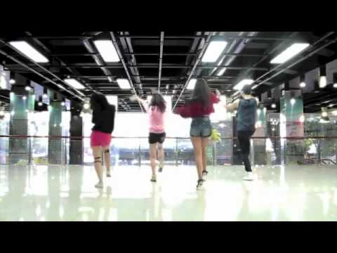 2NE1  I AM THE BEST  DANCE COVER by St 319 from Vietnam   YouTube