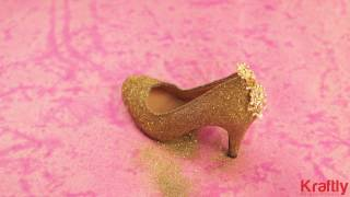 Turn your normal shoe into a glittering masterpiece by following these steps - Kraftly DIYs