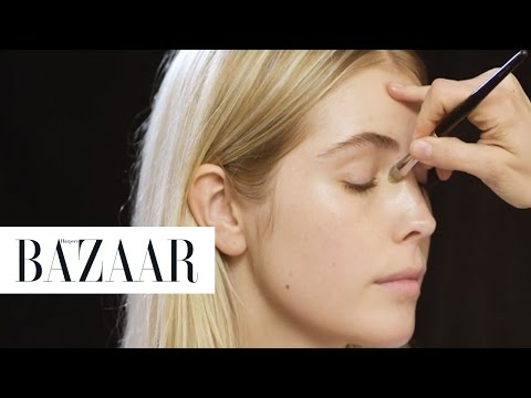 How To Apply Foundation 3 Expert Ways | Beauty School