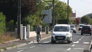Priorité au vélo route du Gond Pontouvre à Ruelle