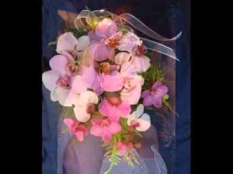 Tiaras y ramos para novias , Exclusividad de diseños