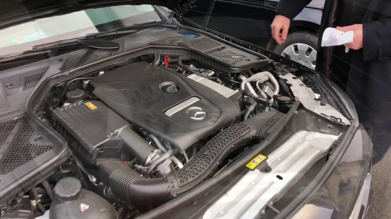 how to check and top up the engine oil level with oil dipstick mercedes benz c180 coupe diy