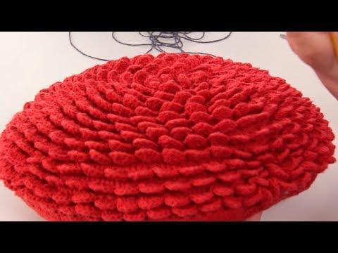 Almofada de Crochê Escama por Marcelo Nunes