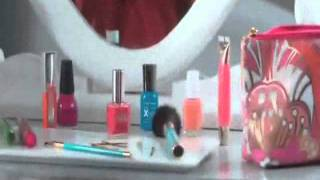 Target TV commercial 'Alouette' Color changes everything