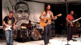 I Got Love For You - Michael Franti & Spearhead @ 9th Ward