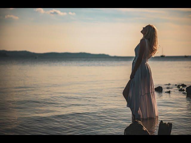 Laura Menard - Kakor solzi v morju (Official video 2020)