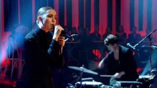 Lykke Li: I Follow Rivers (Live@Later with Jools Holland 2011)