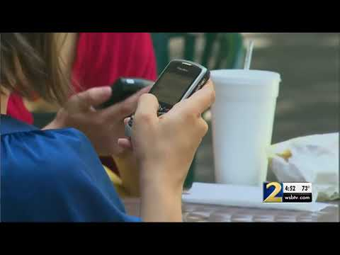 Price wars among cellphone companies could save you money