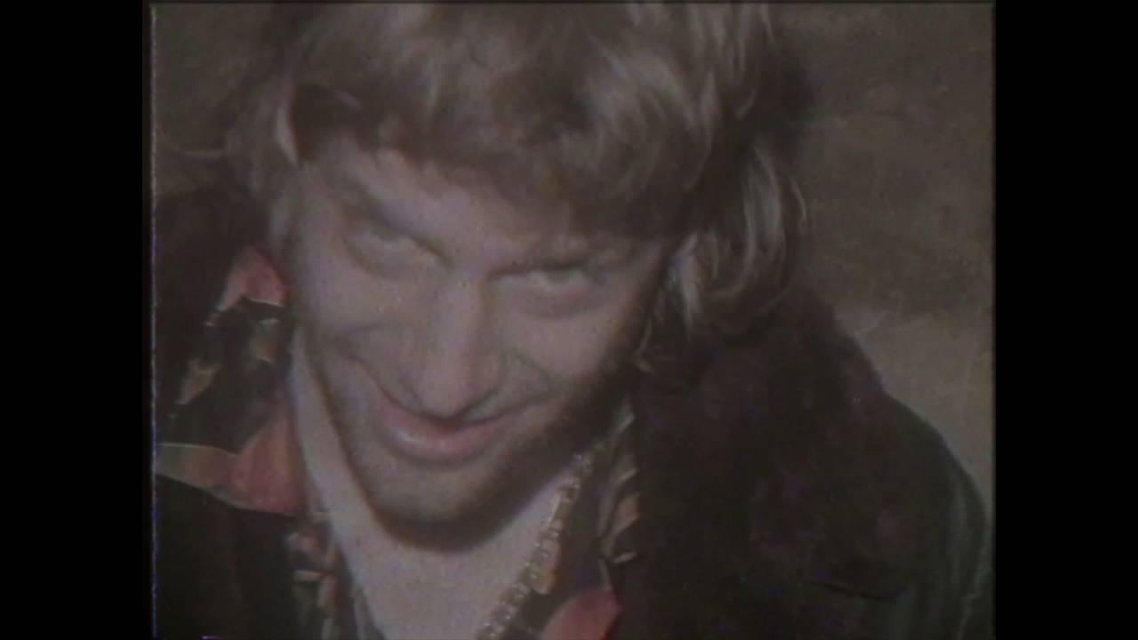 Voodoo Jürgens -   Heite grob ma Tote aus (official Video)