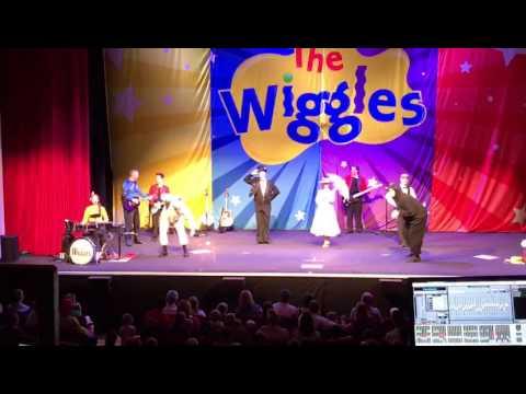 The Wiggles Live UK (St. Albans) Dressing Up + Ba Ba Black Sheep