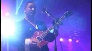"Fun Lovin' Criminals perform ""Big Night Out"" live in Bulgaria, 2006"