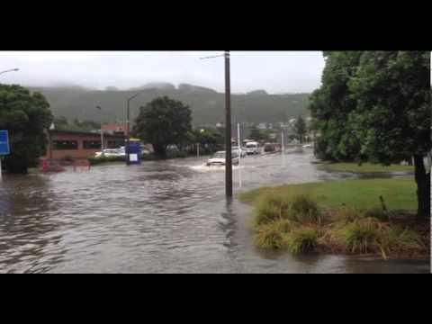 Heavy rain causes flooding in Wellington region