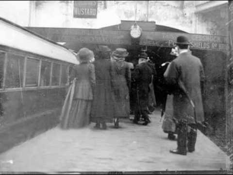 Francie and Josie  Glasgow Underground