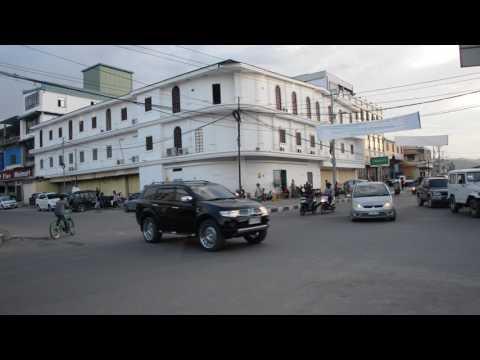 アキーラさん散策!東ティモール・ディリ市・サクラタワーホテル近くの交差点Av.Liberdade de Imprensa in Dili in East Timor