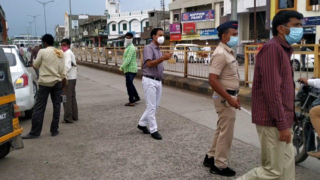 मिशन ब्रेक द चेन में मास्क नही लगाने वालों पर पोलीस और मनपा कसा शिकंजा