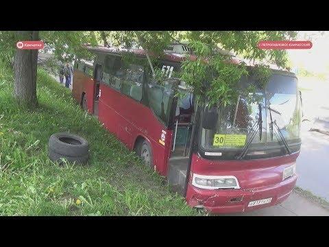 Неуправляемый автобус: ДТП