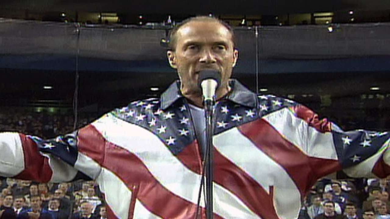 2001 WS Gm4: Lee Greenwood sings