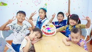 Kids Go To School | Birthday Of Teacher Chuns With Friends Make Birthday In The Classroom