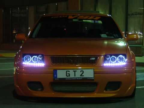 R8 Volkswagen headlights
