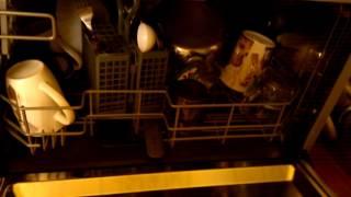 видео Посудомоечная машина компактная Candy CDCF 6S