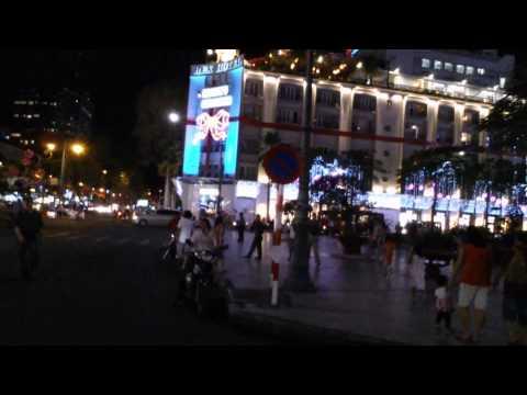 Saigon Night Buu Dien Ho Chi Minh Statue Saigon Vietnam 2014
