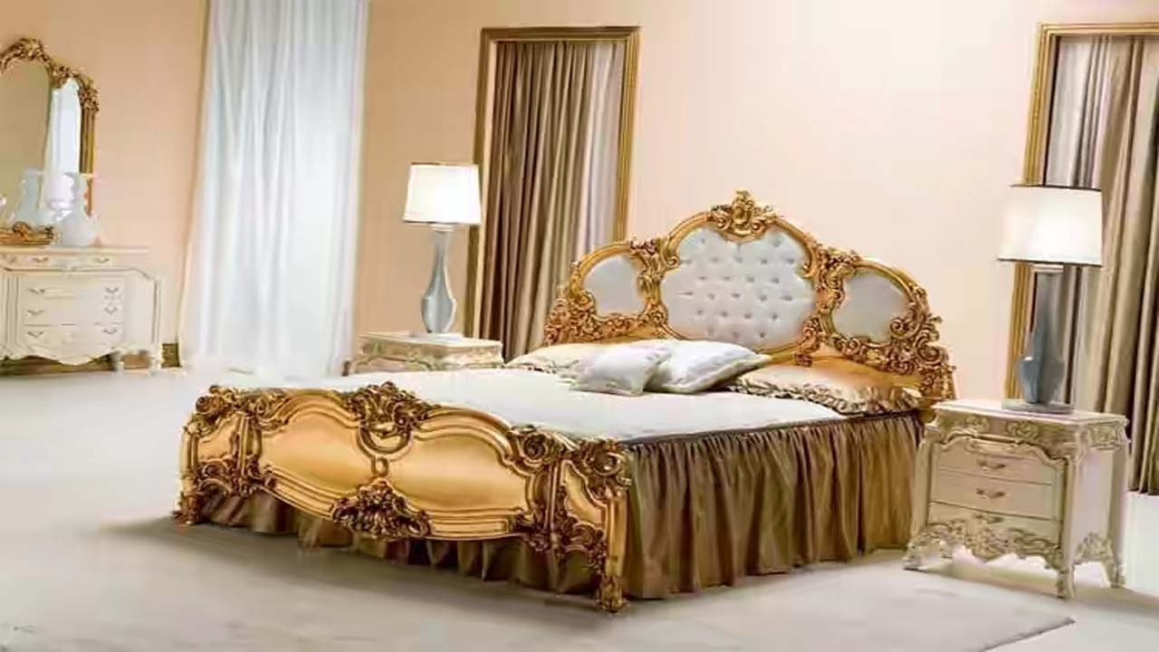 Double bed design in wood wooden bed design images in for Double bed diwan set