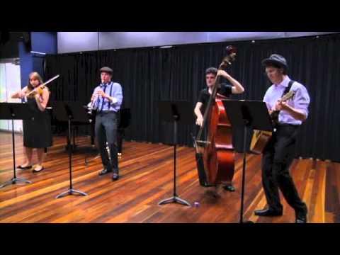 Balkansi Klezmer Band - Farshpiel-Odessa Bulgarish