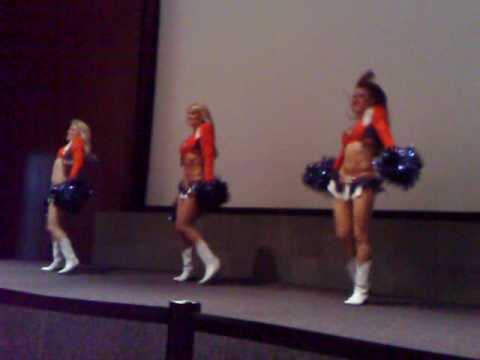 Denver Broncos Cheerleaders @ Chrysler Mexico