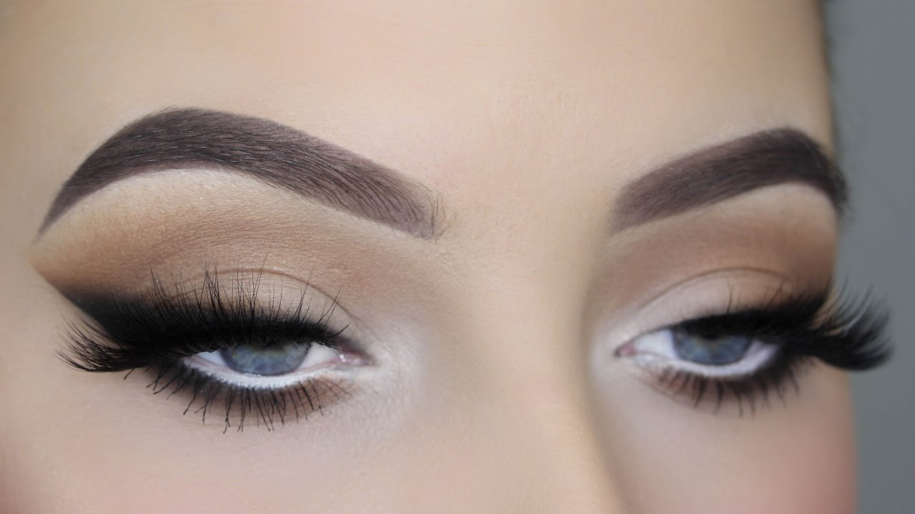 Smoked out winged liner tutorial youtube baditri Image collections