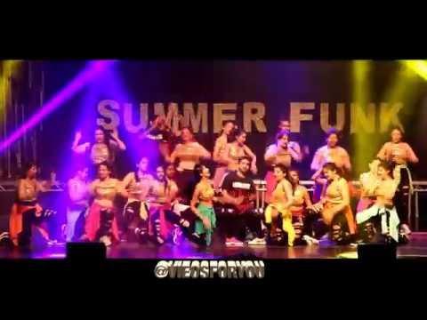 Hrithik Roshan   Tu Meri  Shahid Kapoor   Chitta Ve Shiamak Summer Funk London 2016 Wembley
