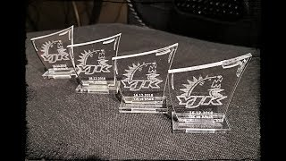 Palkintojen valmistusta laserilla - Laser Engraving Trophies