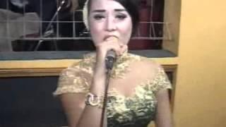 KELANGAN lagu campur sari areva live