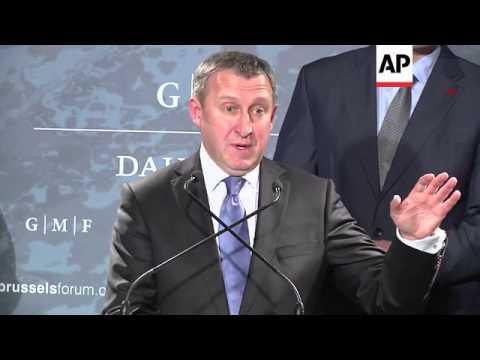 Deshchytsia and Klitschko on EU agreement, Crimea developments