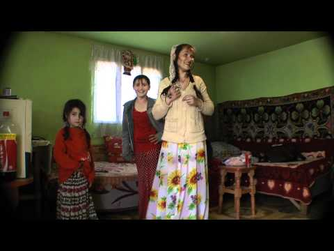 Gypsy girl dance in Romania 2