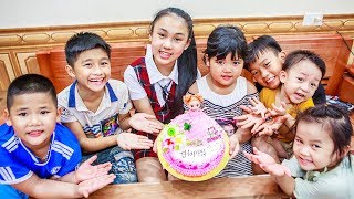 Kids Go To School | Birthday Of Chuns Children Cooperation Make a Birthday Cake in Bakery Shop