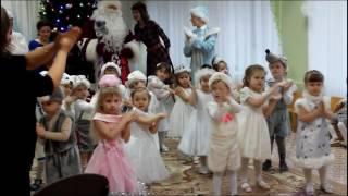 Новогодний концерт малышей. Новогодние песни, танцы и хороводы малышей. / New Year