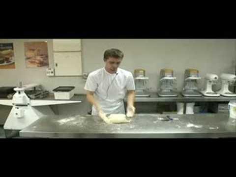 Hand Dough Kneading French Method