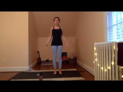 Candlelight Vinyasa Yoga with Julia - 60 Minutes