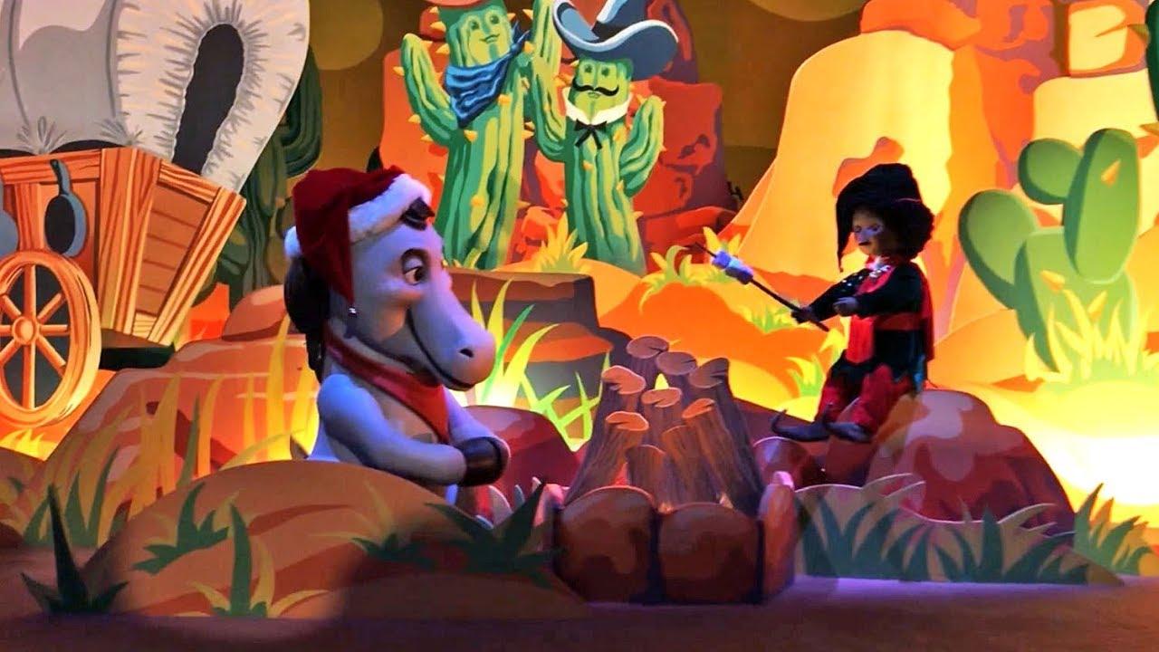 noel disneyland paris 2018 youtube It's a Small World Christmas Holiday Celebration   Disneyland  noel disneyland paris 2018 youtube