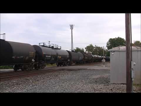 Ohio Railfanning:  Fast CSX Trains in Tiffin