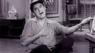 Gana Na Aaya Bajana Na Aaya, Kishore Kumar - Miss Mary Comedy Song
