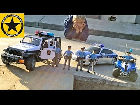 BRUDER Toys Police Jeep meets Porsche 911 POLIZEI STUCK/RESCUE