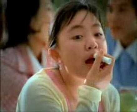 xuanmai, the Vietnamese-American talente singer&actress